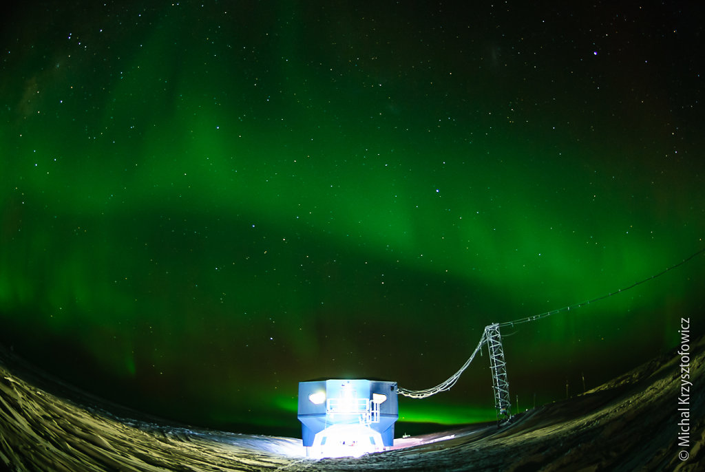 Aurora over Halley VI Modules