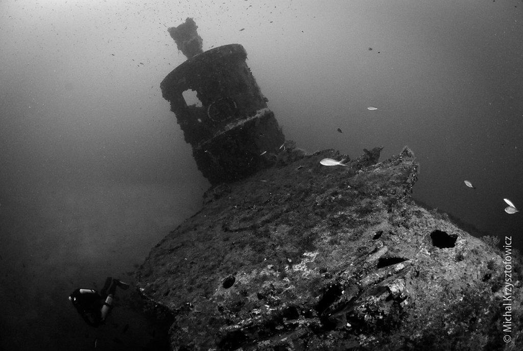 HMS Stubborn - Forward Deck looking aft