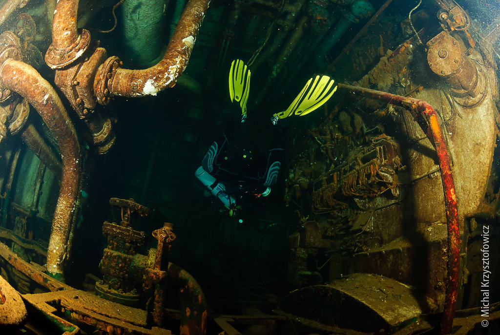 Um El Faroud - Engine Room